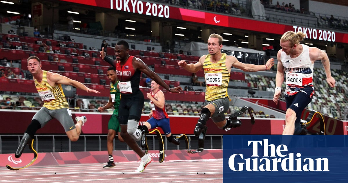 Jonnie Peacock shares Paralympic T64 100m bronze after remarkable dead heat