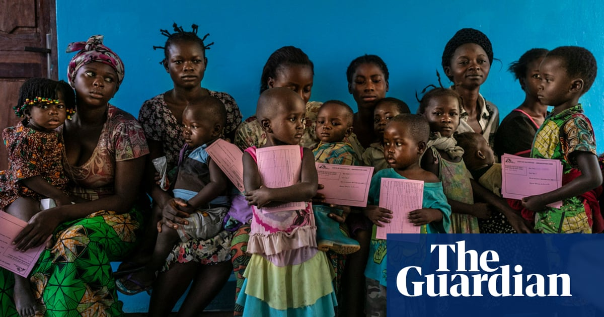 Measles vaccination begins in Ebola-hit Congo amid fears of 'massive loss of life'
