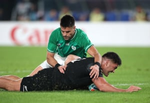 Conor Murray is unable to prevent Codie Taylor scoring the fourth try.