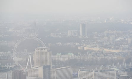 An air pollution episode in London in 2015. There were 9,416 early deaths caused by the pollutants NO2 and PM2.5 in 2010, according to King's College London.