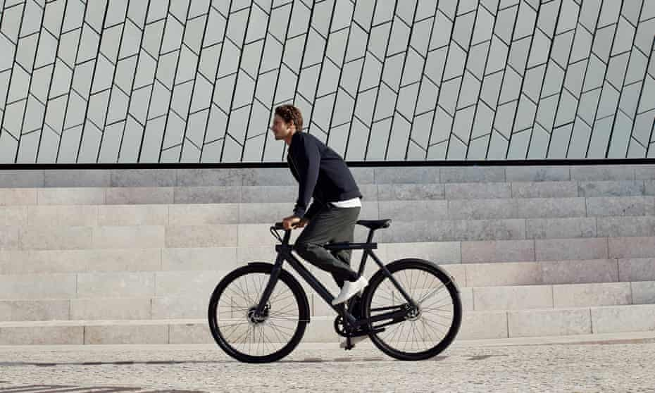 City rider: the new VanMoof addresses many of the woes facing urban cyclists.