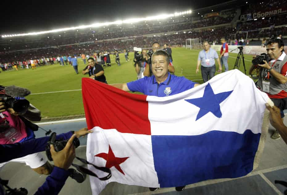 Panama's coach Hernán Darío Gómez celebrates the victory over Costa Rica in Panama City that secured World Cup qualification.