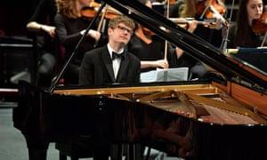 Pavel Kolesnikov performs Tchaikovsky's Piano Concerto No 2 at Prom 30.