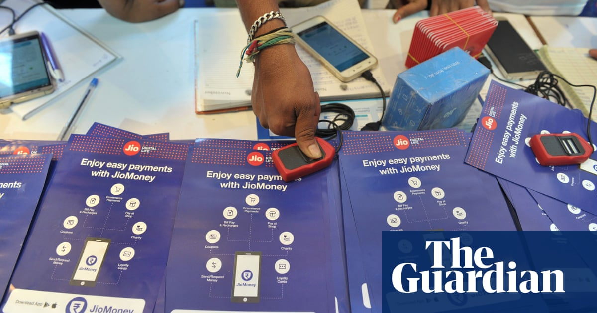 Fingerprint payments prompt privacy fears in India