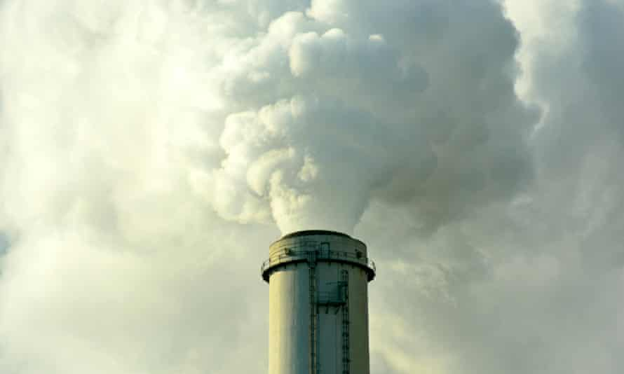 The EU should not be investing in fossil fuel projects, say environmentalists.
