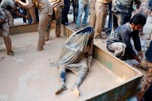 Shia Muslims in mud