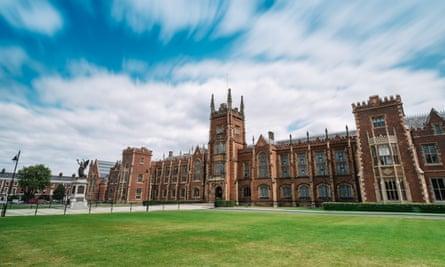 Queen'sUniversityBelfastpic