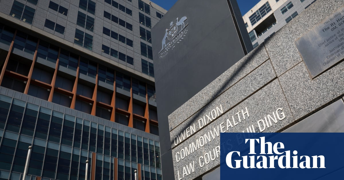 Hikers 'terrified' by neo-Nazis who allegedly smashed car windows as they fled, Melbourne court hears