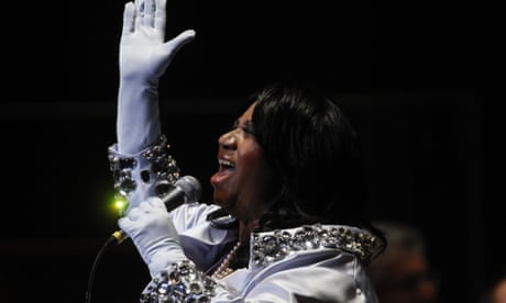Aretha Franklin's famous outfits auctioned in New York