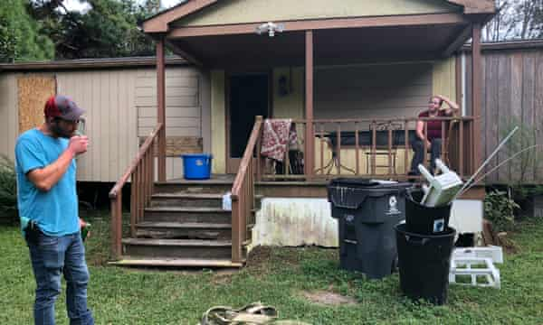 Alex Tatum and Mandy Dreeland discuss leaving their home a day before Florence is set to pummel the Carolina coast.