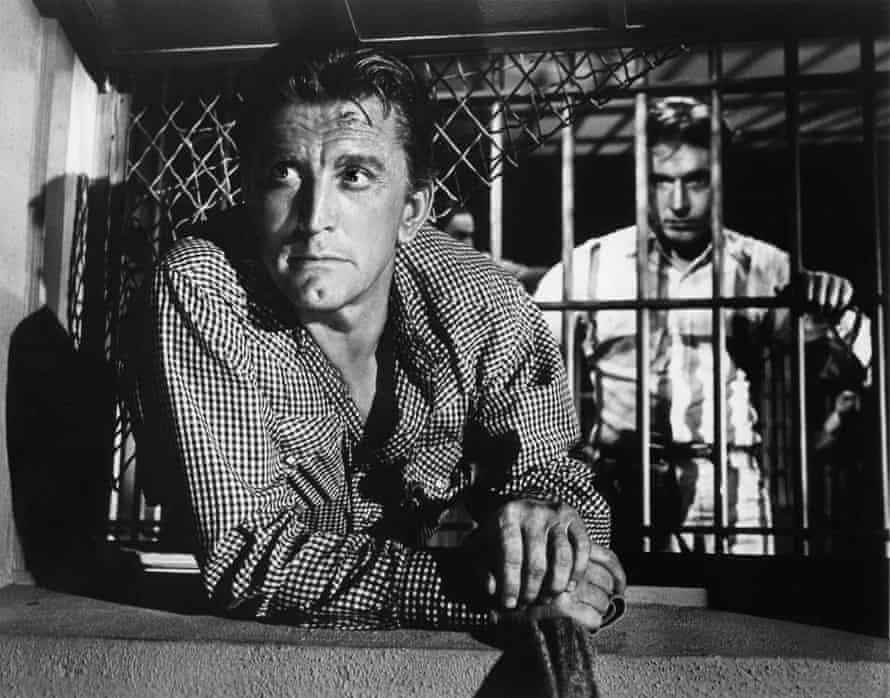 Kirk Douglas as John W Burns in Lonely Are the Brave.