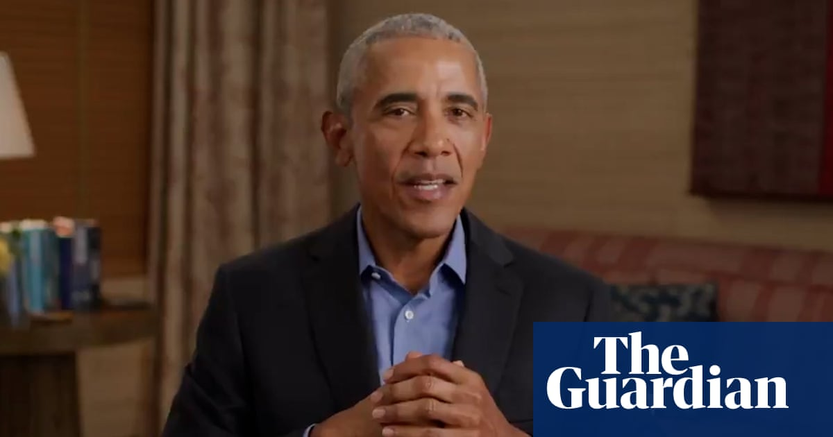 'A role model': Obama pays tribute to Angela Merkel – video