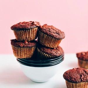 One-bowl Chocolate-chip muffins, @minimalistbaker.