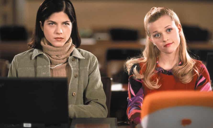Quality: 2nd Generation. Film Title: Selma Blair and Reese Witherspoon in Legally Blonde, 2001 directed by Robert Luketic Copyright: MGM. Released by: 20TH Century Fox. For further information: please contact your local Twentieth Century Fox Press Office.