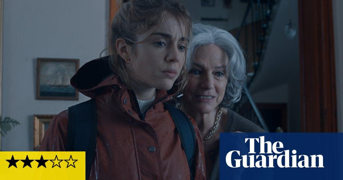 The Lodger review – Jacqueline Bisset's slinky landlady holds key to lurid thriller