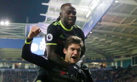 Chelsea's defensive system was flexible but it was most effective when Victor Moses, top and Marcos Alonso pushed forward aggressively and effectively formed a front five.