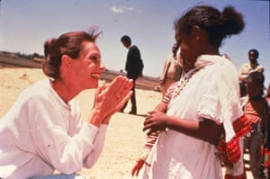 Hepburn in Ethiopia on her first field mission as goodwill ambassador to the United Nations Children's Fund (UNICEF), in 1988.