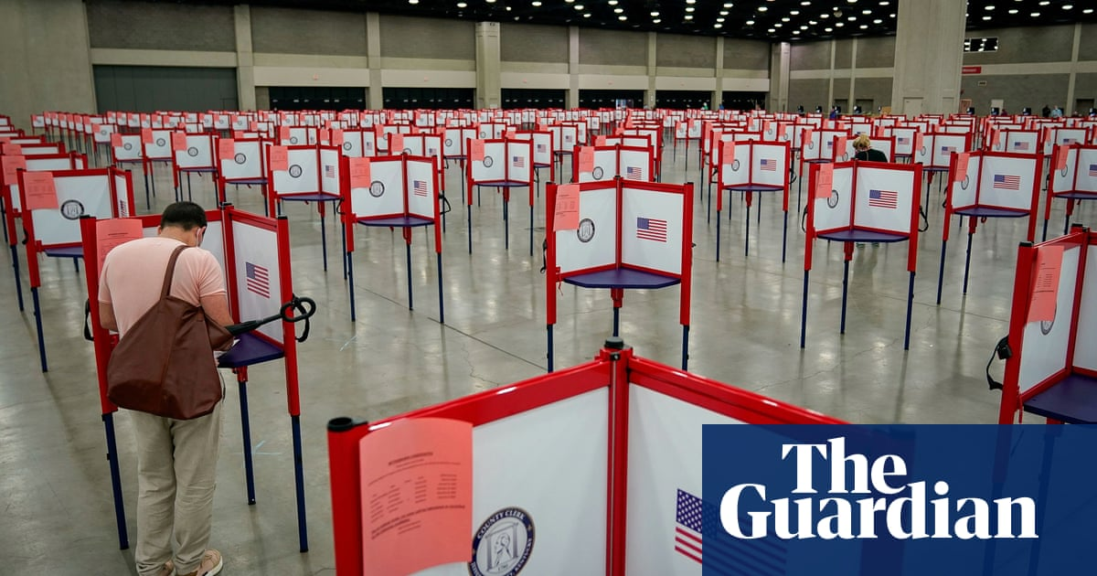 Russian meddlers reportedly posed as rightwing news site to target US voters