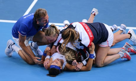 Sportwatch: France sink Barty and Stosur in Fed Cup final, WBBL, A-League - as it happened