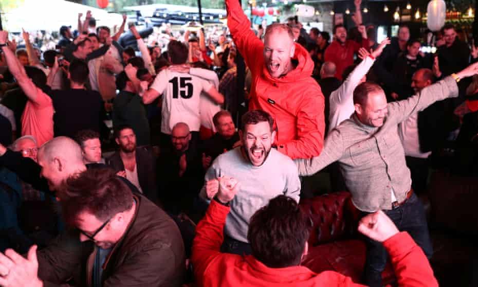 Fans celebrate