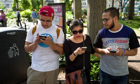 A group of friends play Pokémon Go in New York.