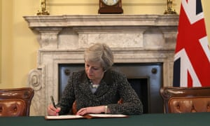 May signs the article 50 letter