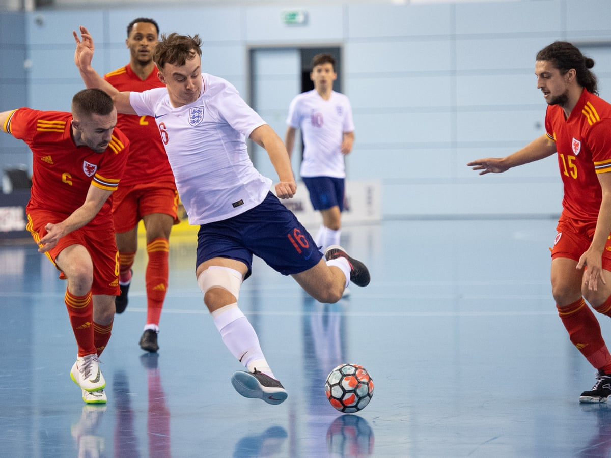 Futsal The Thinking Player S Game That Doesn T Hurt The Head Futsal The Guardian