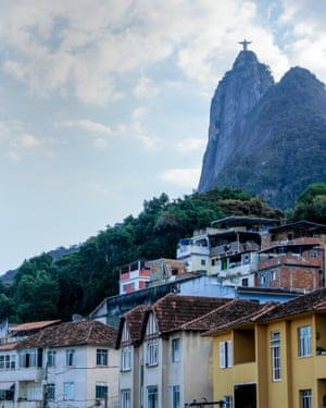 Christ the Redeemer looks over Santa Marta favela