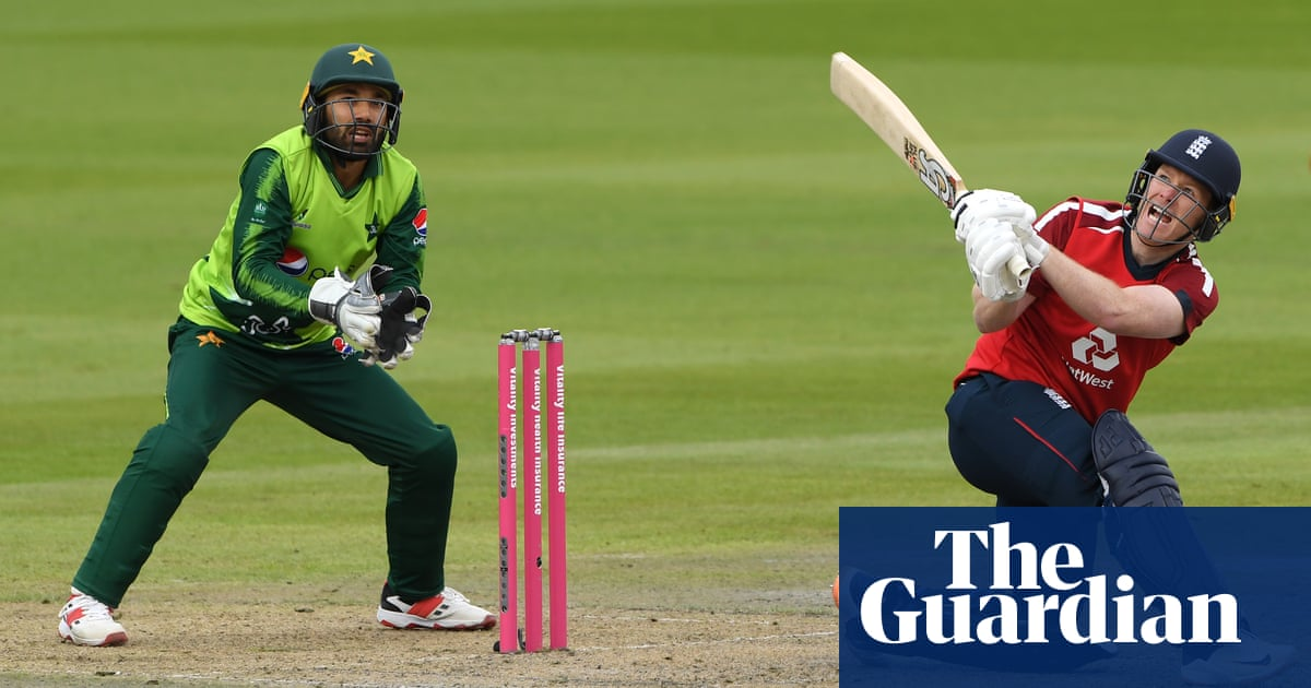Eoin Morgan and England chase down Pakistans target of 196 to set T20 record