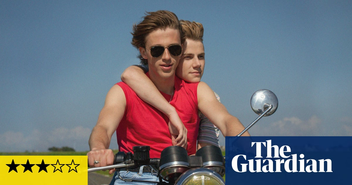 Summer of 85 review – gay photolove drama with a dark edge