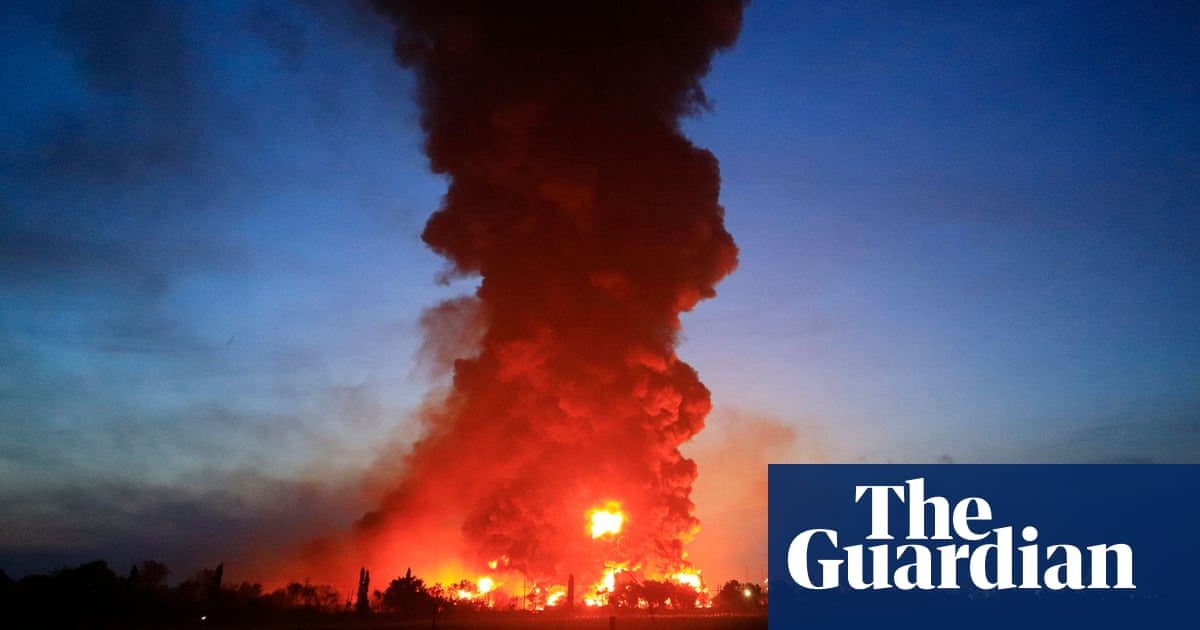 Massive fire engulfs Indonesian oil refinery after explosion