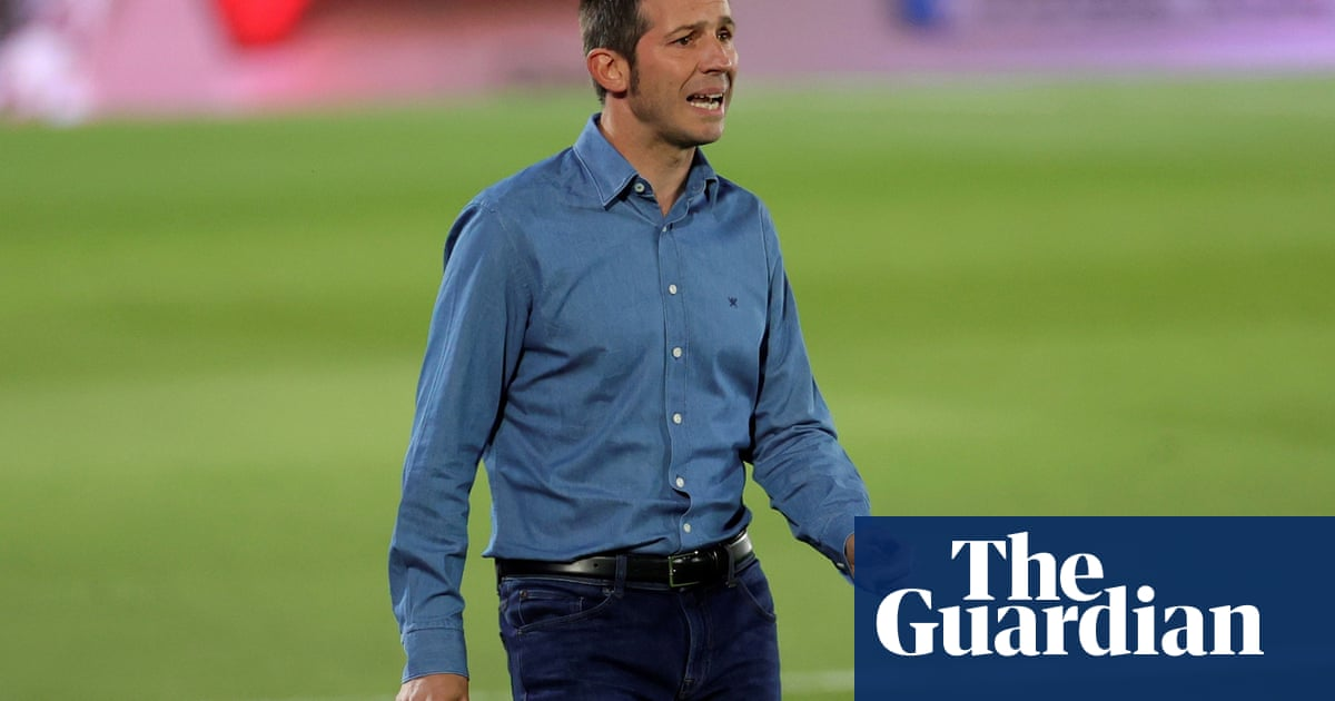 Valencia confirm sacking of coach Albert Celades after poor run of results