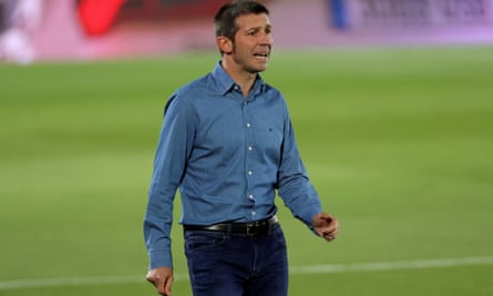 Albert Celades, the former Real Madrid and Spain assistant, has been removed from his post at Valencia.