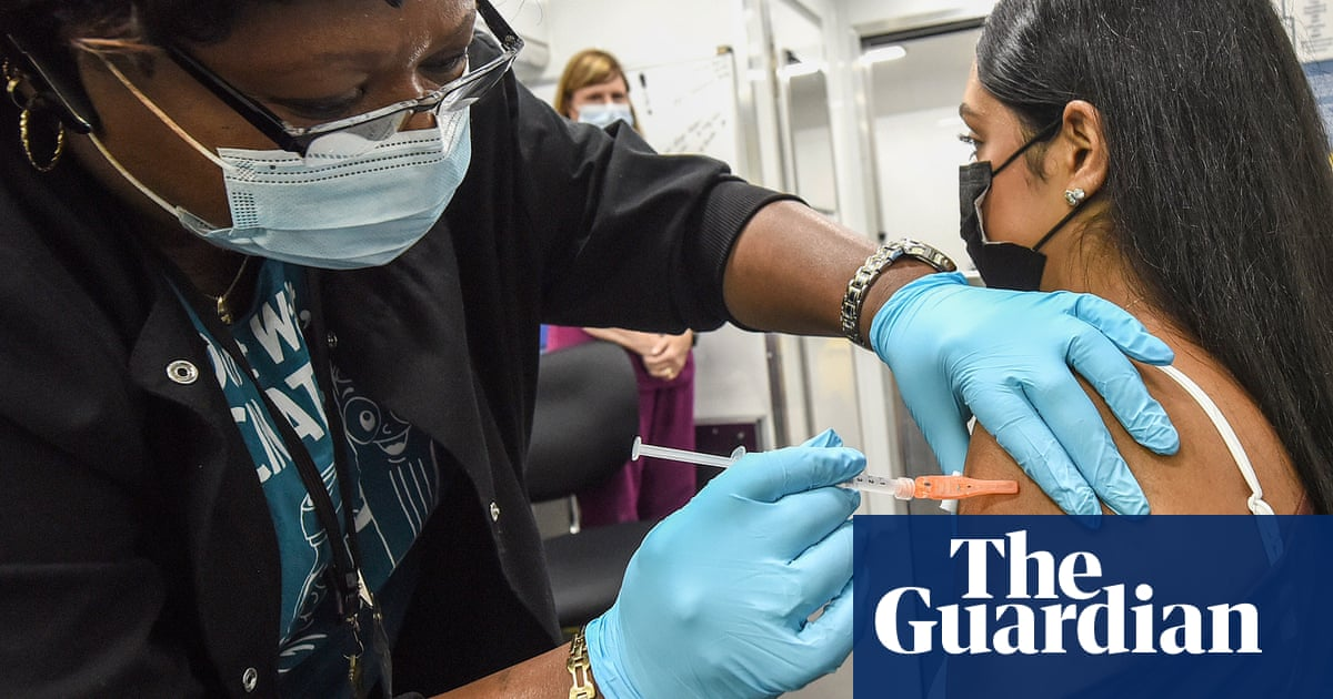 Why has the US vaccine effort stalled?