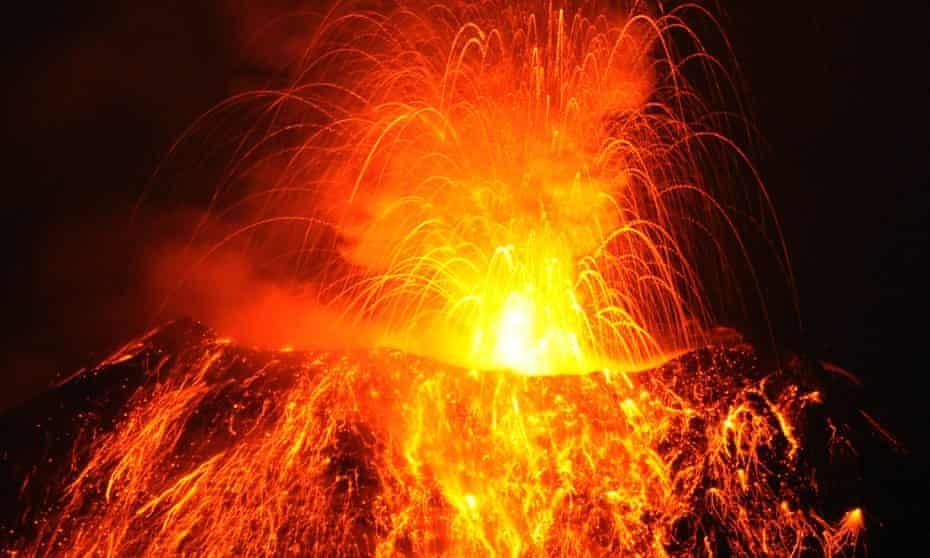 A volcano eruption