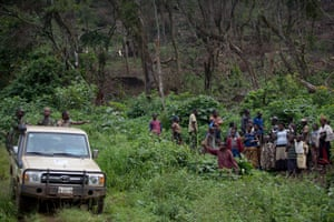 Park rangers talk to autochthon people who have just felled a large area of trees for charcoal on the edge of the Kahuzi-Biéga national park