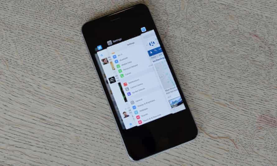 iOS 9 app switcher