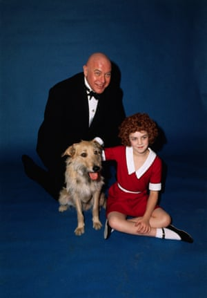 Andrea McArdle as Annie and Reid Shelton as Daddy Warbucks in the original Broadway production of Annie, 1977.
