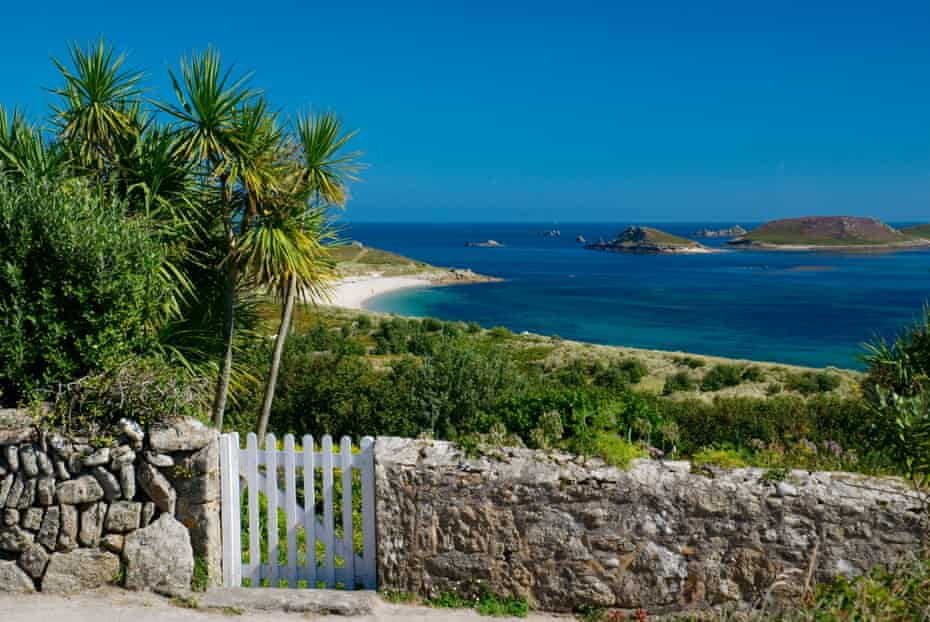 A view from St Martins to the eastern Scilly Isles