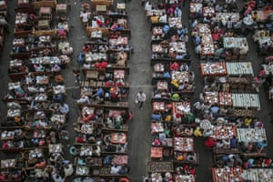 Cairo, Egypt Egyptian Muslims gather for iftar at the end of the fasting day during Ramadan