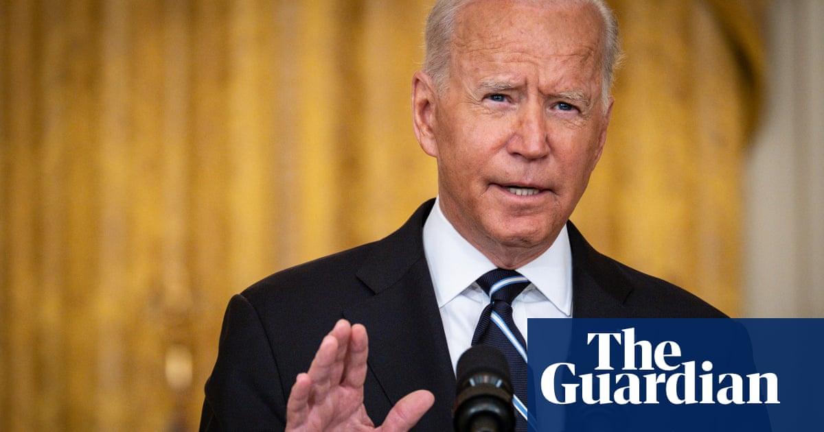 Joe Biden announces Covid booster shots from September – video