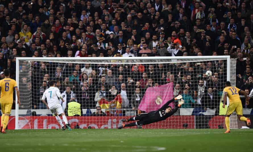 Cristiano Ronaldo displays nerves of steel