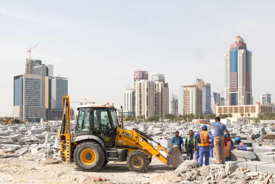 Construction of new buildings in Lusail. The workers are Pakistanis or Nepalese.