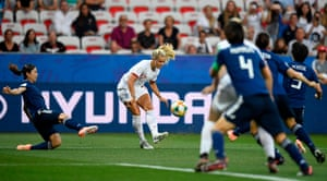 England's Rachel Daly sticks the ball into the mixer.