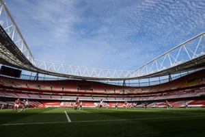 Here's a photo of the lovely blue sky above the Emirates.
