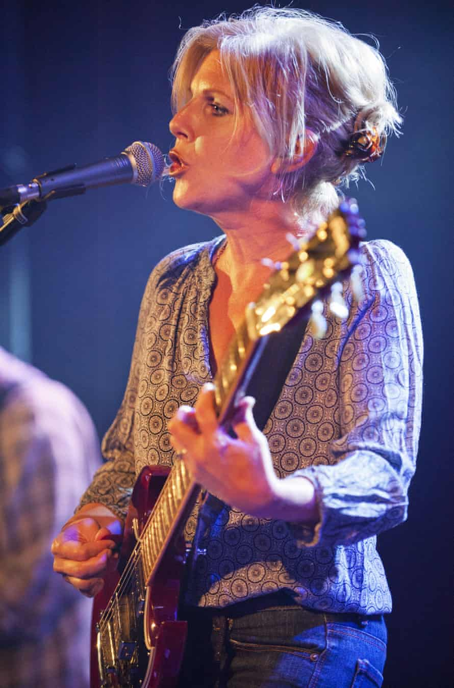 Tanya Donelly in Throwing Muses in concert in 2014