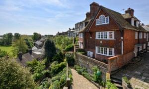 Home & away properties near cliffs, in Rye, East Sussex