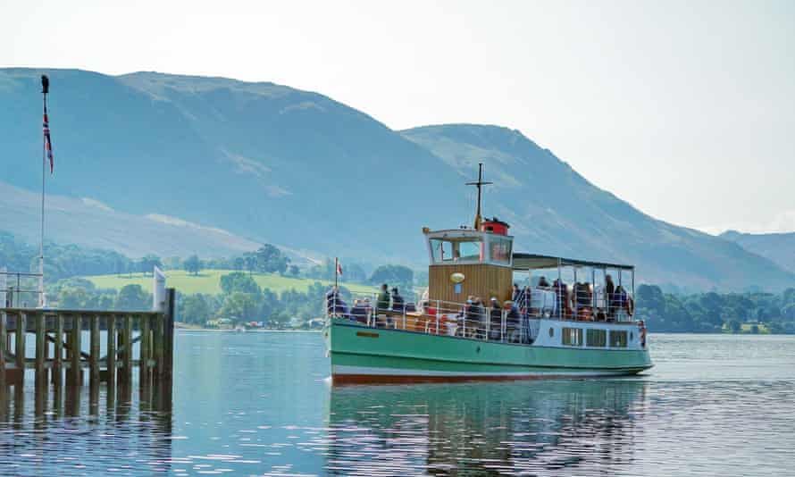 MV Western Belle, an Ullswater Steamer approaching Pooley Bridge on Ullswater