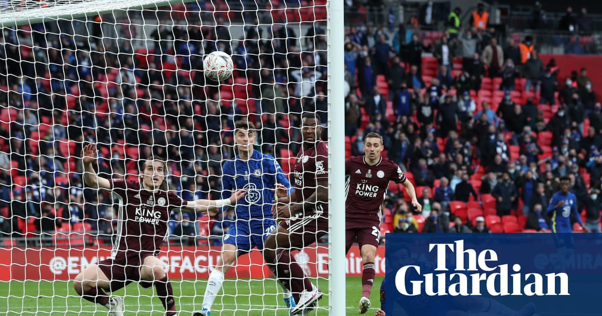 VAR given thumbs down by fans for Premier League study