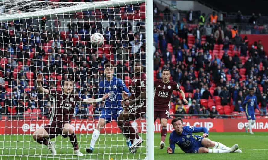 Ben Chilwell of Chelsea (on the ground) thinks he has equalised in the 2021 FA Cup final against Leicester but VAR decided, by a tiny margin, he was offside in the buildup.